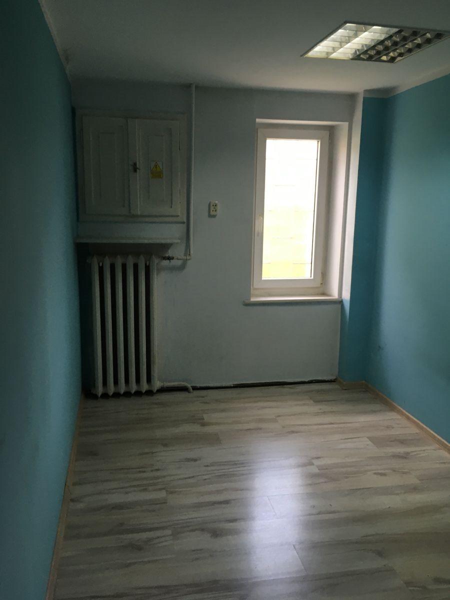 Mieszkanie czteropokojowe  na wynajem Ostrów Wielkopolski, Rej.Bema  90m2 Foto 4