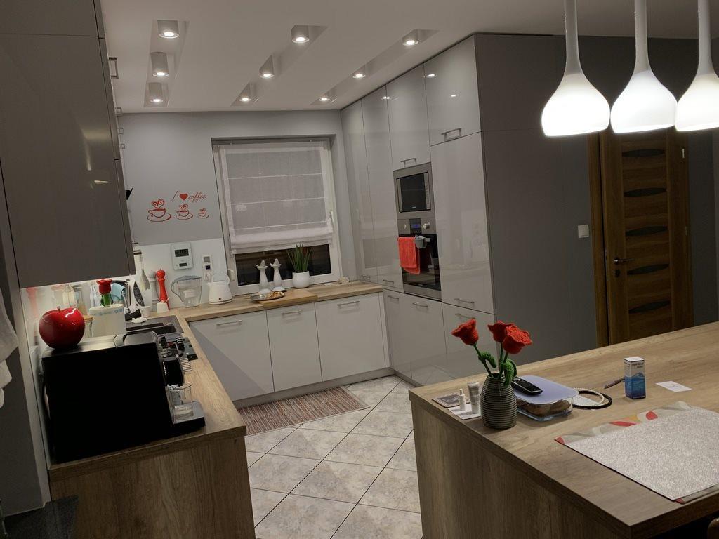 Dom na sprzedaż Luciny  200m2 Foto 6