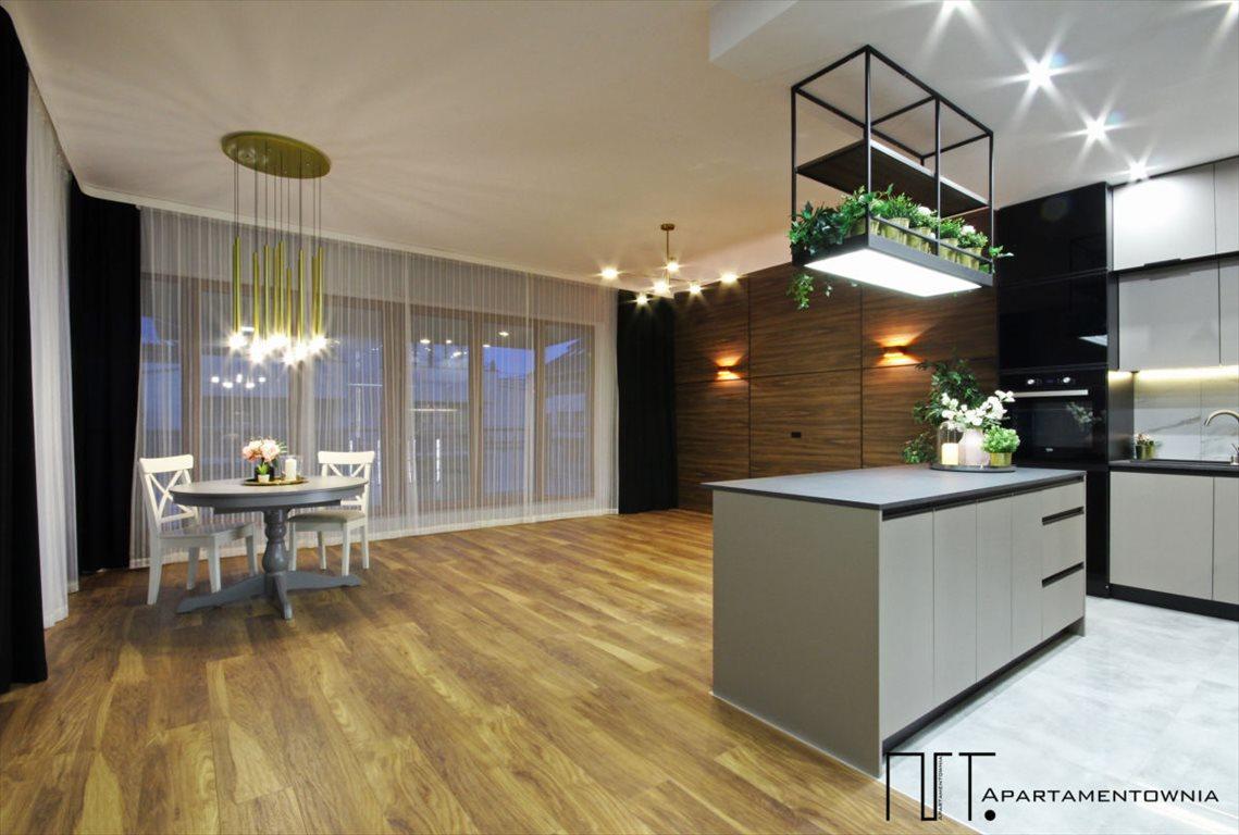 Mieszkanie trzypokojowe na sprzedaż Tarnowo Podgórne, Mediolańska  75m2 Foto 1