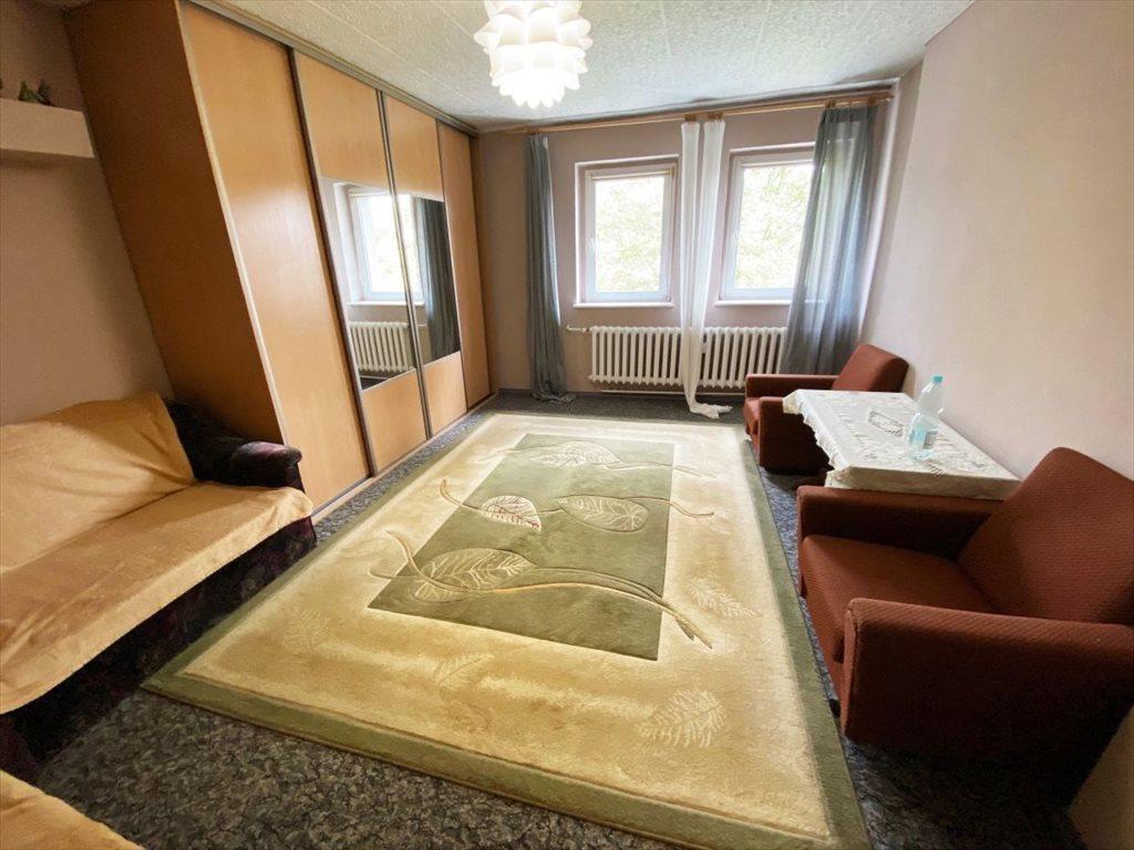 Mieszkanie dwupokojowe na sprzedaż Luboń, Stare Żabikowo, Żabikowo, Żabikowska  61m2 Foto 1