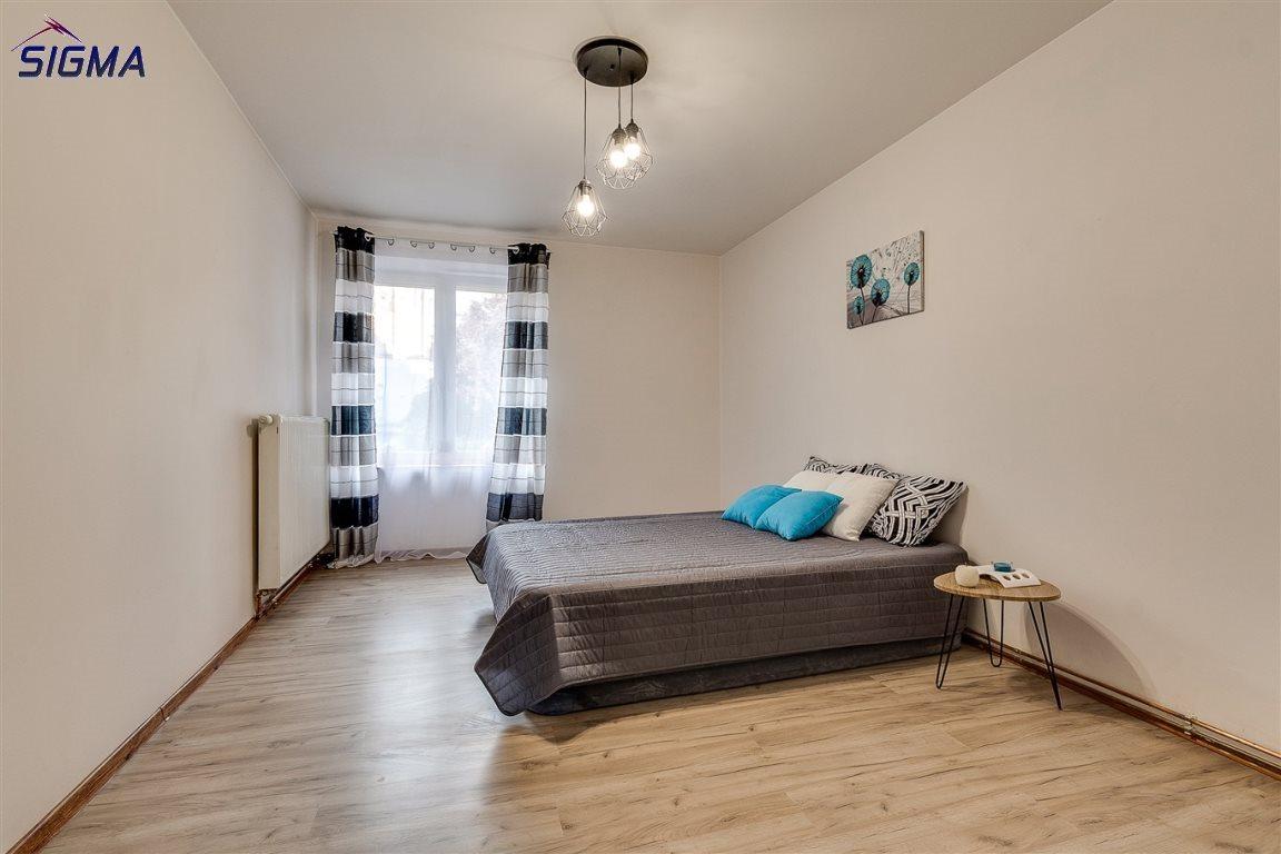 Mieszkanie dwupokojowe na sprzedaż Bytom, Centrum  53m2 Foto 3