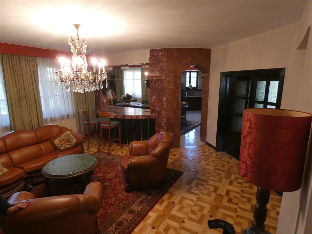Dom na sprzedaż Magdalenka, ul. Wiśniowa  497m2 Foto 1