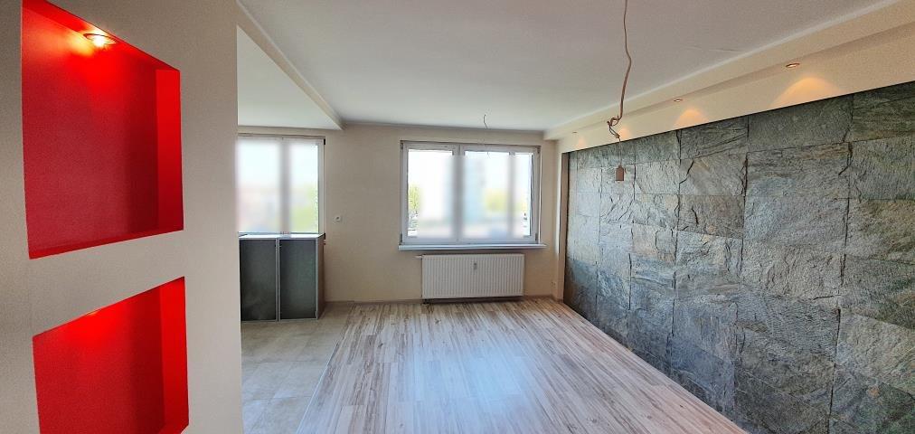 Mieszkanie trzypokojowe na sprzedaż Opole, Centrum  53m2 Foto 1