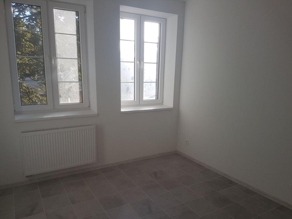 Mieszkanie trzypokojowe na sprzedaż Brzeg, Grabarska  53m2 Foto 5