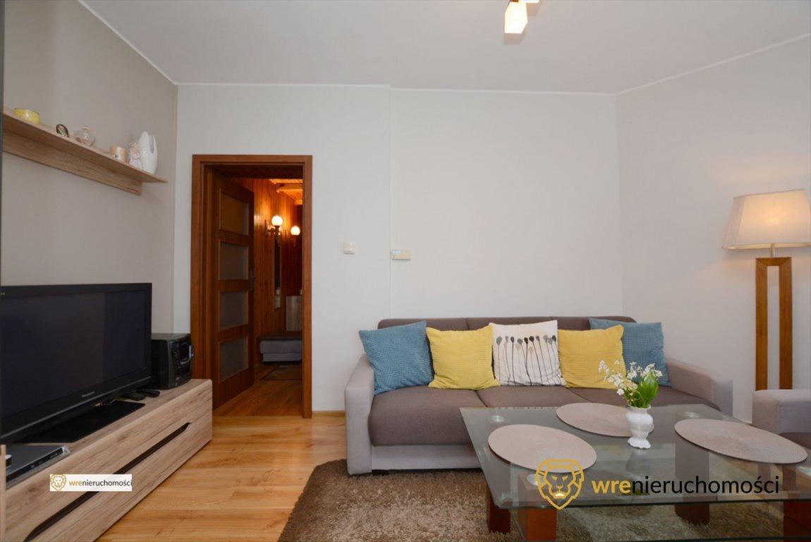 Mieszkanie dwupokojowe na sprzedaż Oleśnica, 11 Listopada  52m2 Foto 3