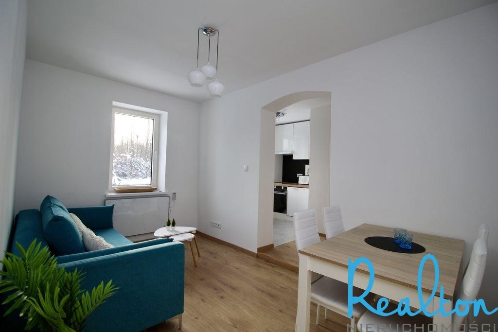 Mieszkanie trzypokojowe na sprzedaż Katowice, Szopienice, Krakowska  43m2 Foto 1
