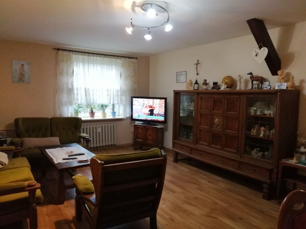 Mieszkanie trzypokojowe na sprzedaż Strzelce Opolskie  71m2 Foto 2