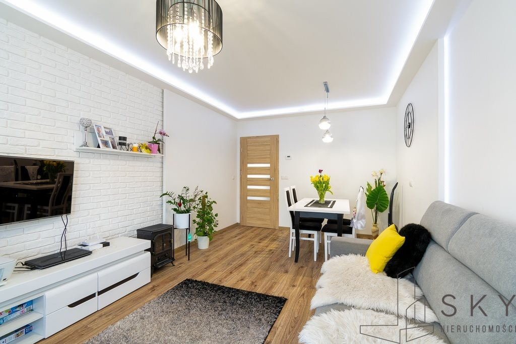 Mieszkanie dwupokojowe na sprzedaż Oleśnica, Wielkopolna  52m2 Foto 3
