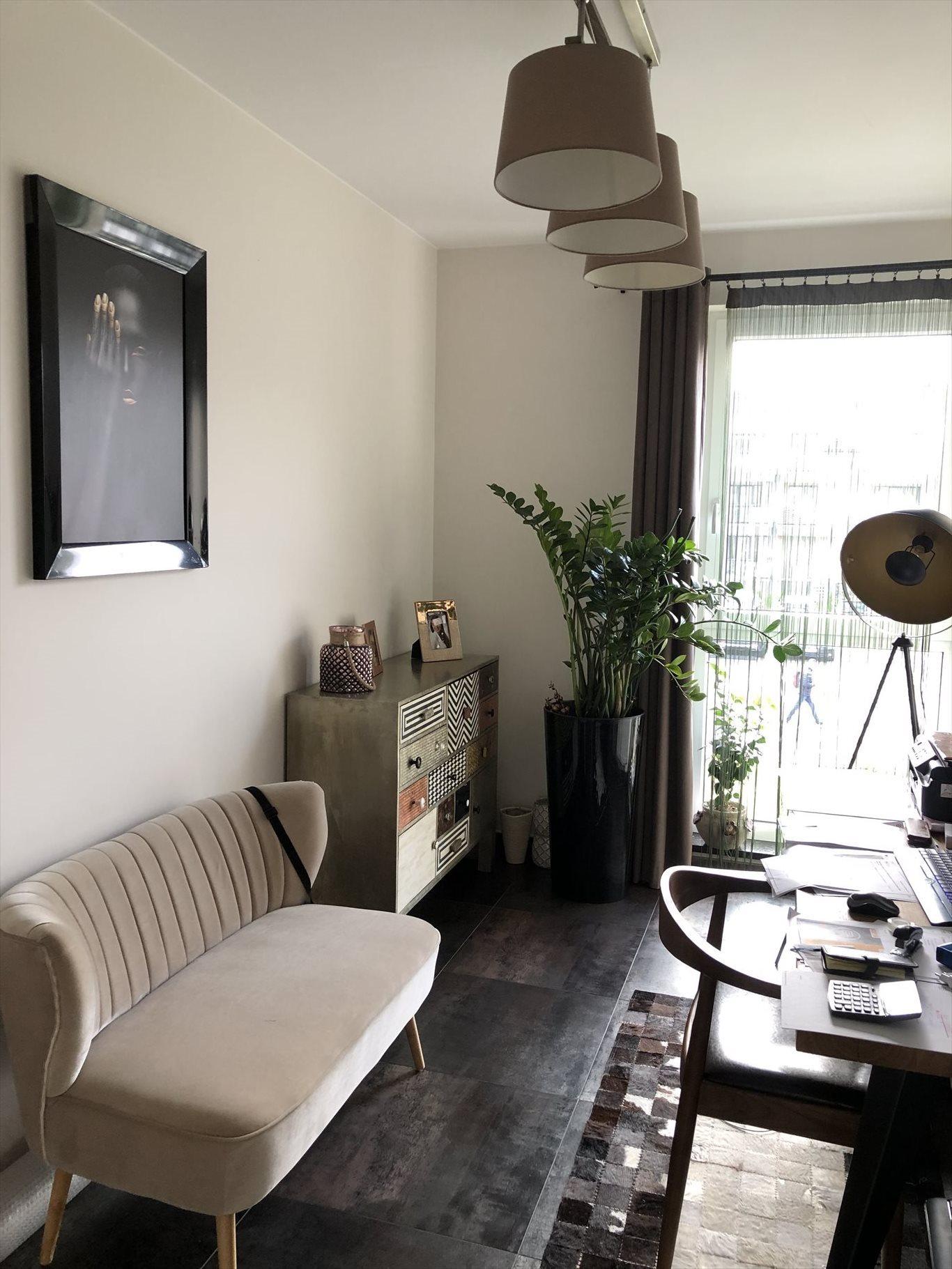 Mieszkanie czteropokojowe  na sprzedaż Bielsko-Biała, Kamienica, Garden Park, Starzynskiego  75m2 Foto 2