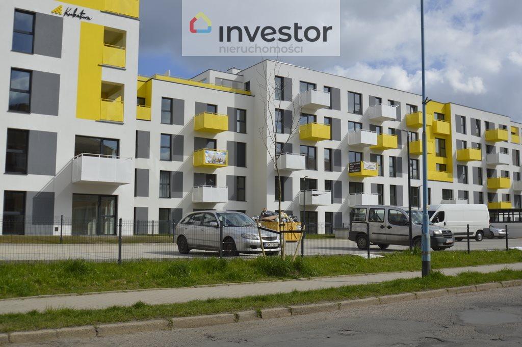 Mieszkanie trzypokojowe na sprzedaż Legnica, Tarninów  64m2 Foto 1