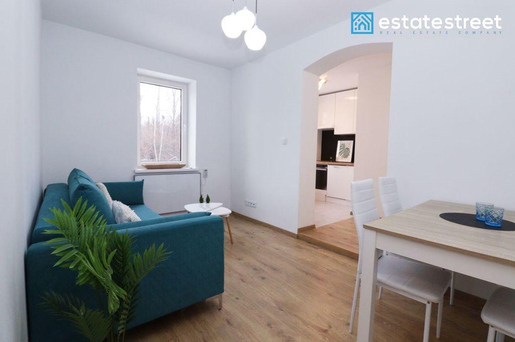 Mieszkanie trzypokojowe na sprzedaż Katowice, Szopienice, Lwowska  43m2 Foto 2