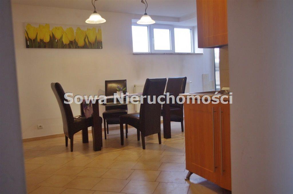 Mieszkanie dwupokojowe na sprzedaż Jelenia Góra, Śródmieście  69m2 Foto 2