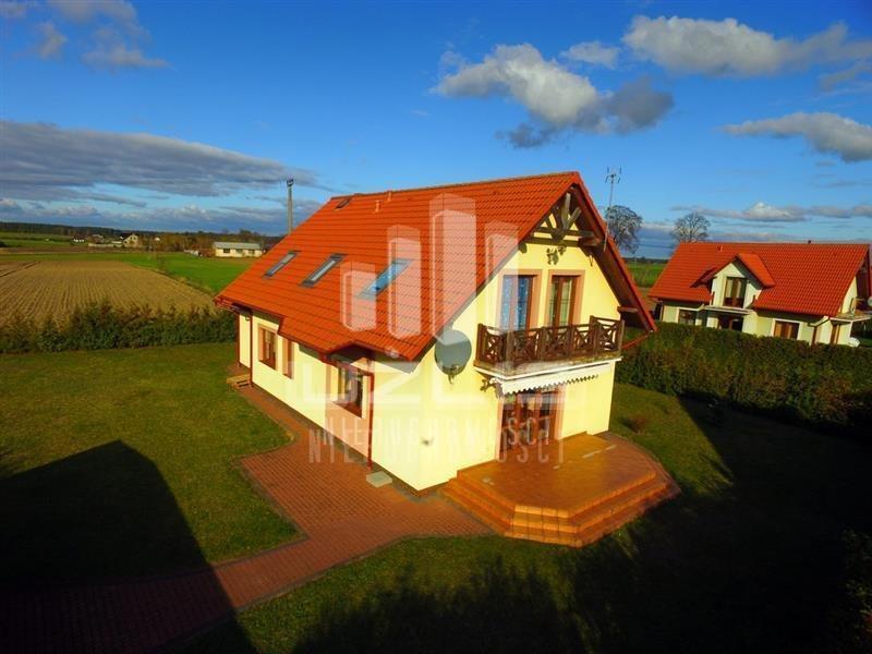 Dom na sprzedaż Lubichowo, Sosnowa  138m2 Foto 1