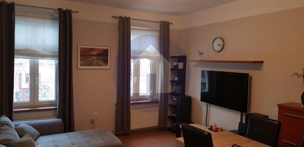 Mieszkanie dwupokojowe na sprzedaż Legnica  51m2 Foto 2