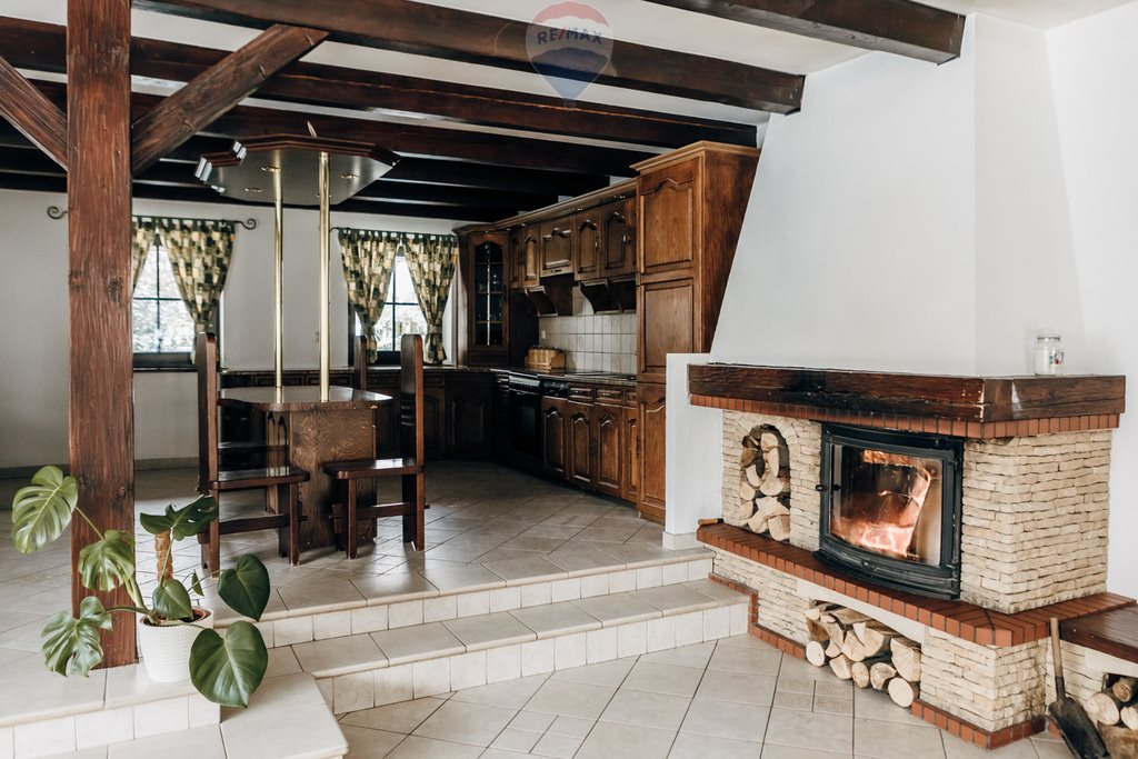 Dom na sprzedaż Bielsko-Biała  240m2 Foto 1