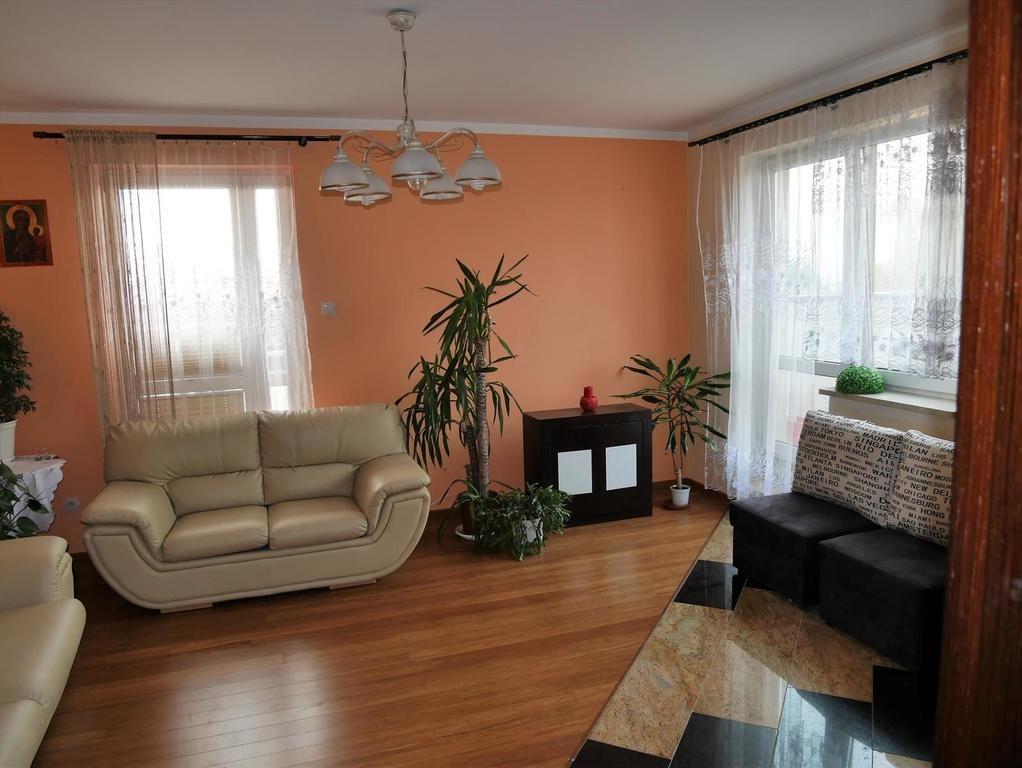 Mieszkanie trzypokojowe na sprzedaż Kielce, Szydłówek, Klonowa  65m2 Foto 1