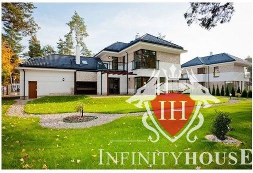 Dom na sprzedaż Białobrzegi  215m2 Foto 1