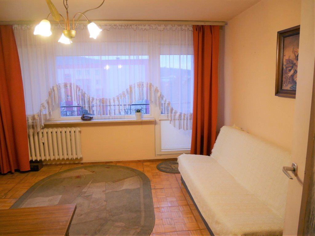 Mieszkanie trzypokojowe na sprzedaż Kielce, Barwinek, Barwinek  59m2 Foto 1