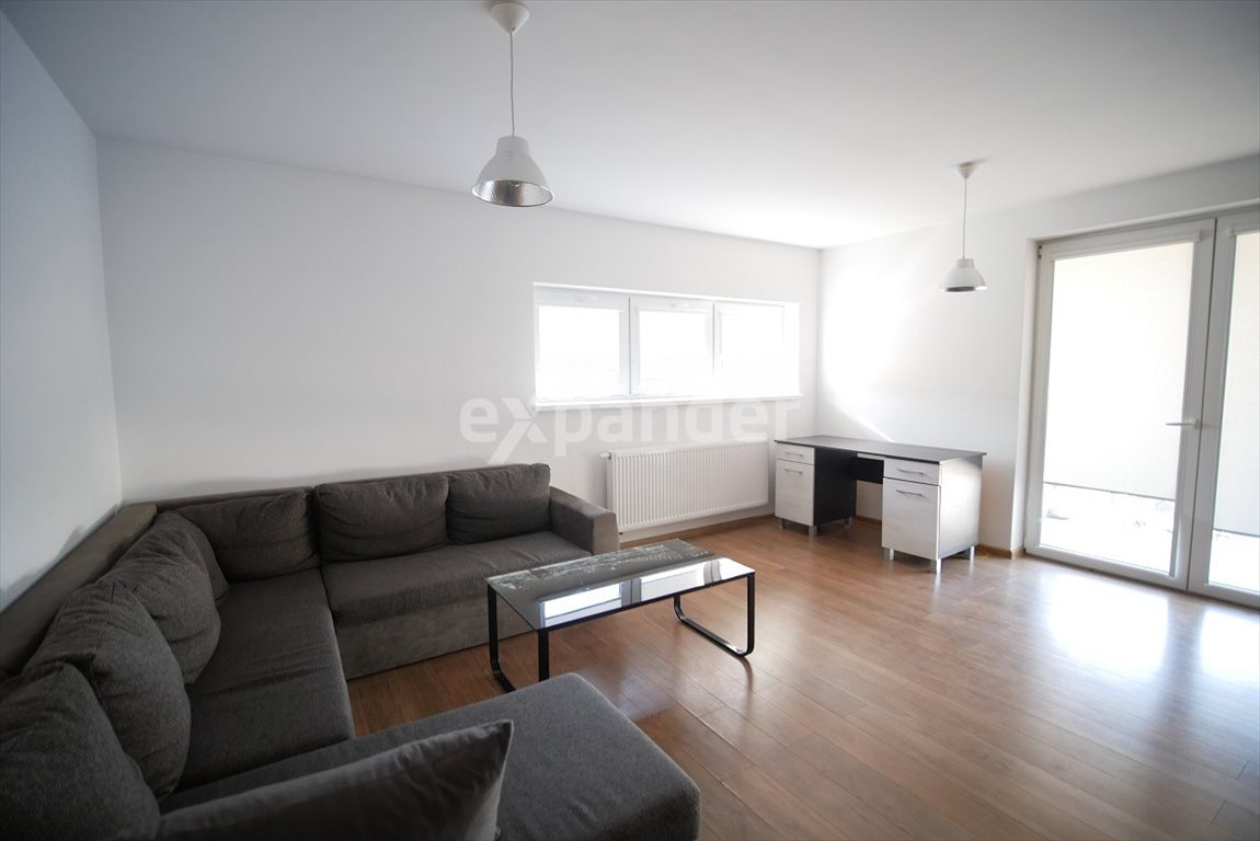 Mieszkanie trzypokojowe na sprzedaż Rzeszów, Szkolna  60m2 Foto 1