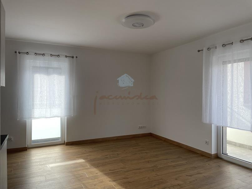 Mieszkanie dwupokojowe na wynajem Gniezno, Centrum, Żuławy  43m2 Foto 1