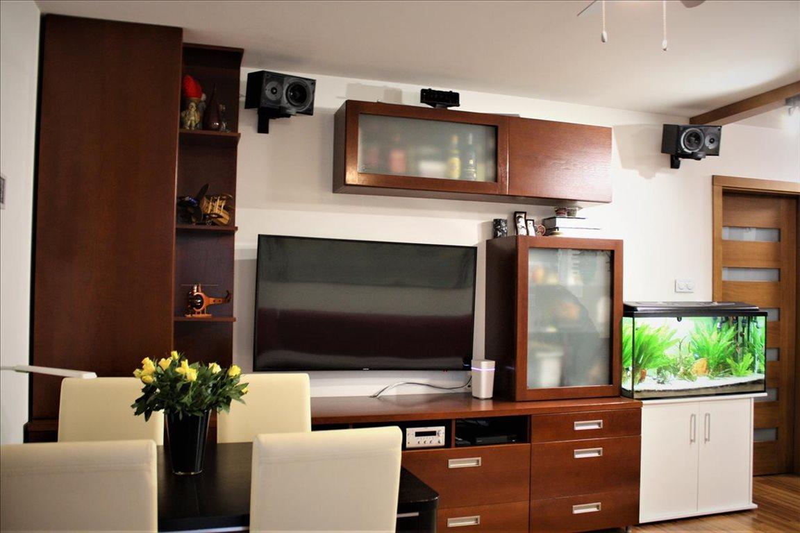 Mieszkanie trzypokojowe na sprzedaż Warszawa, Ursus, Skorosze  57m2 Foto 2