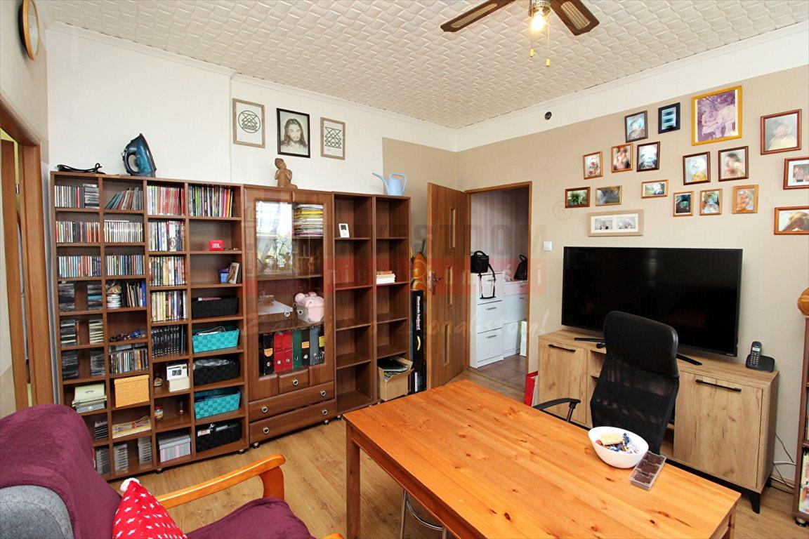 Mieszkanie trzypokojowe na sprzedaż Krapkowice  49m2 Foto 2