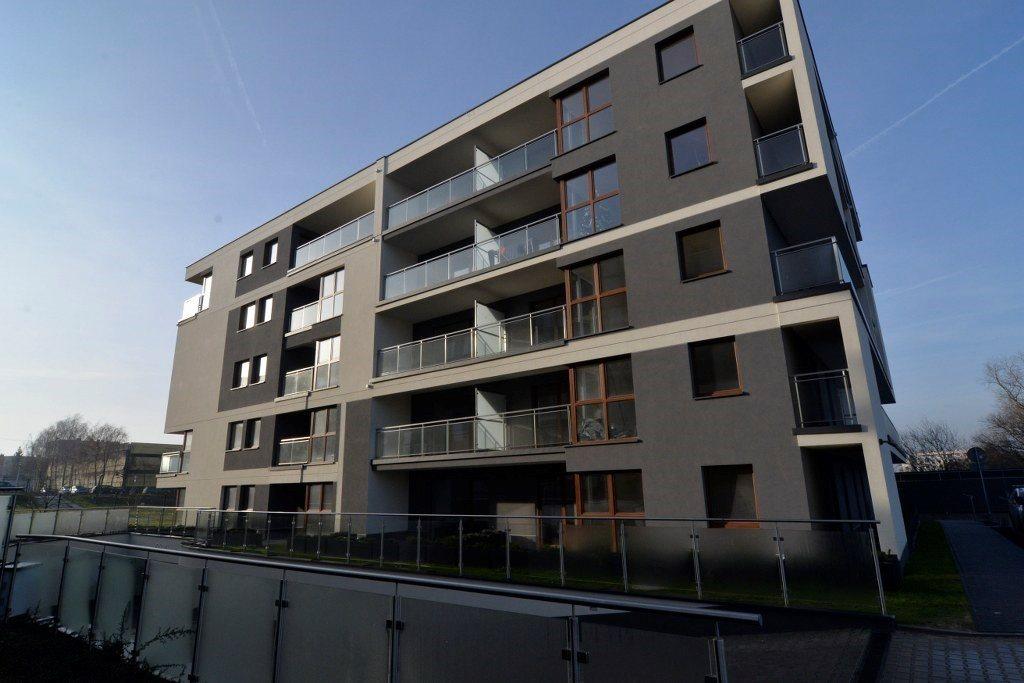 Mieszkanie czteropokojowe  na sprzedaż Kielce, Ślichowice  113m2 Foto 1