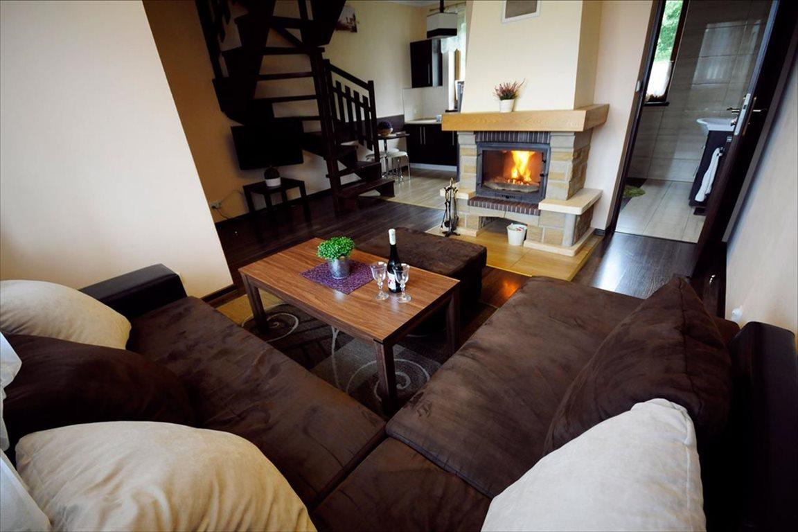Dom na sprzedaż Huzele, Lesko  4m2 Foto 1