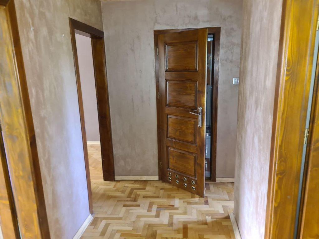 Mieszkanie trzypokojowe na sprzedaż Brzesko, os. Władysława Jagiełły  61m2 Foto 2