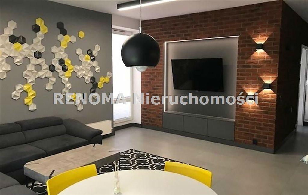 Mieszkanie trzypokojowe na sprzedaż Białystok, Białostoczek, Kombatantów  76m2 Foto 1