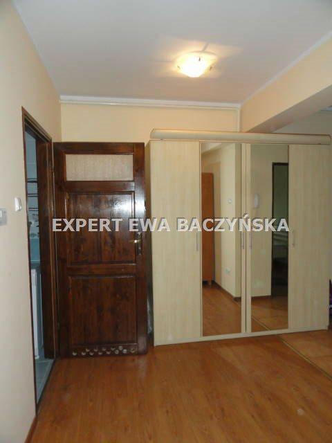 Mieszkanie dwupokojowe na wynajem Częstochowa, Śródmieście  47m2 Foto 4