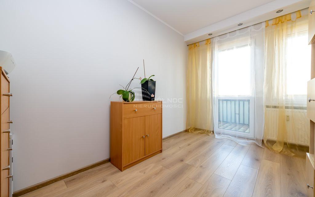 Mieszkanie czteropokojowe  na sprzedaż Białystok, Os. Słoneczny Stok, gen. Władysława Sikorskiego  59m2 Foto 7