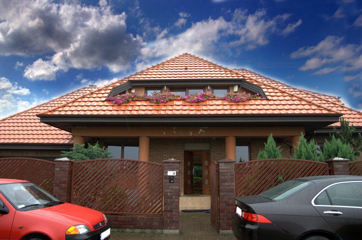 Dom na sprzedaż Janki, WICHROWA 19  310m2 Foto 1