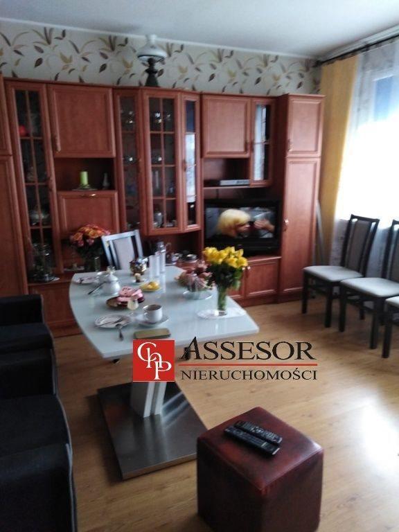 Mieszkanie trzypokojowe na sprzedaż Kalisz, Korczak, Robotnicza  61m2 Foto 1