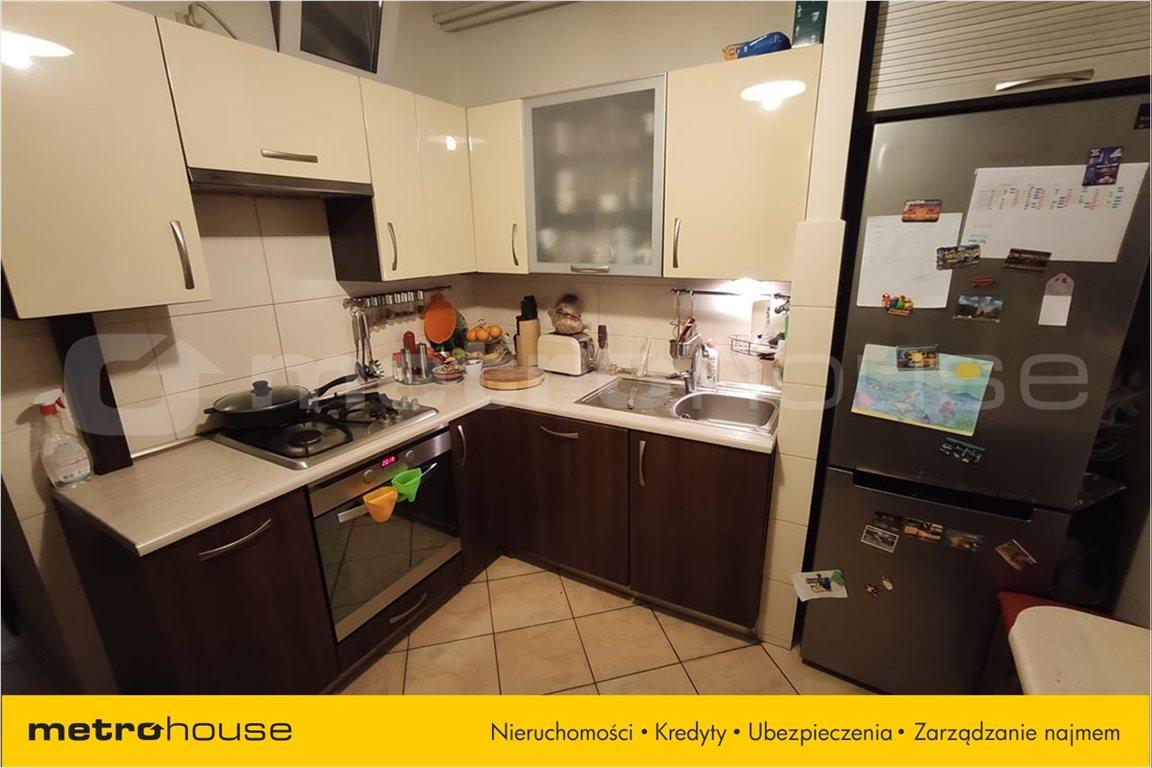 Mieszkanie trzypokojowe na sprzedaż Bielsko-Biała, Bielsko-Biała  61m2 Foto 8