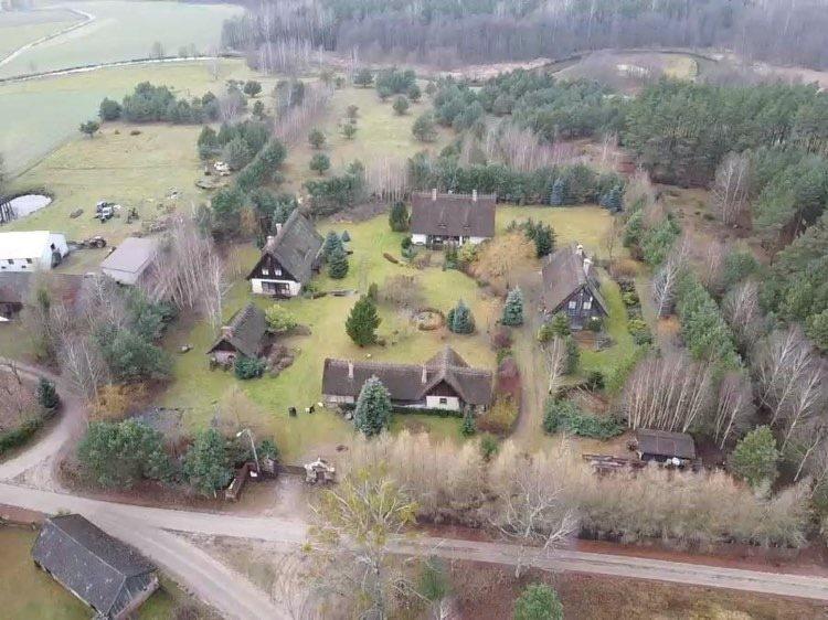 Dom na sprzedaż Miedzno, MIEDZNO, Miedzno K/ Karsina  860m2 Foto 1