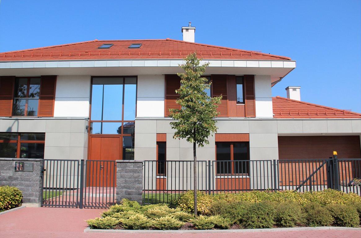 Dom na wynajem Konstancin-Jeziorna, Osiedle Konstancja  442m2 Foto 1