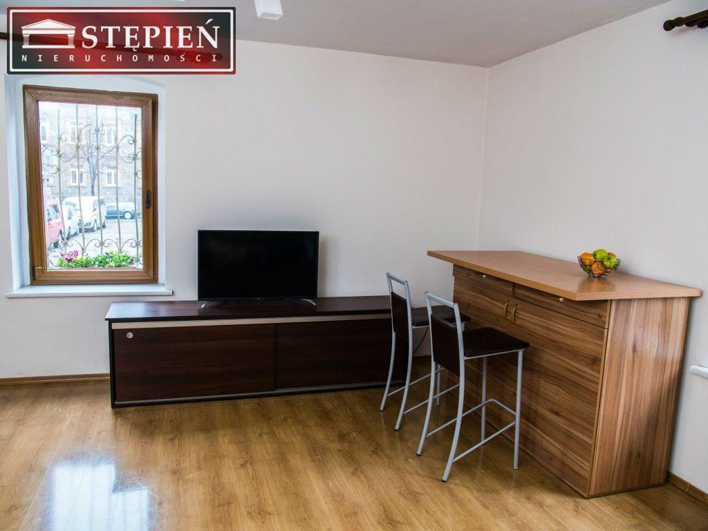Mieszkanie dwupokojowe na sprzedaż Jelenia Góra  50m2 Foto 3