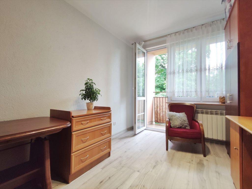 Mieszkanie trzypokojowe na sprzedaż Chrzanów, Fabryczna  61m2 Foto 2