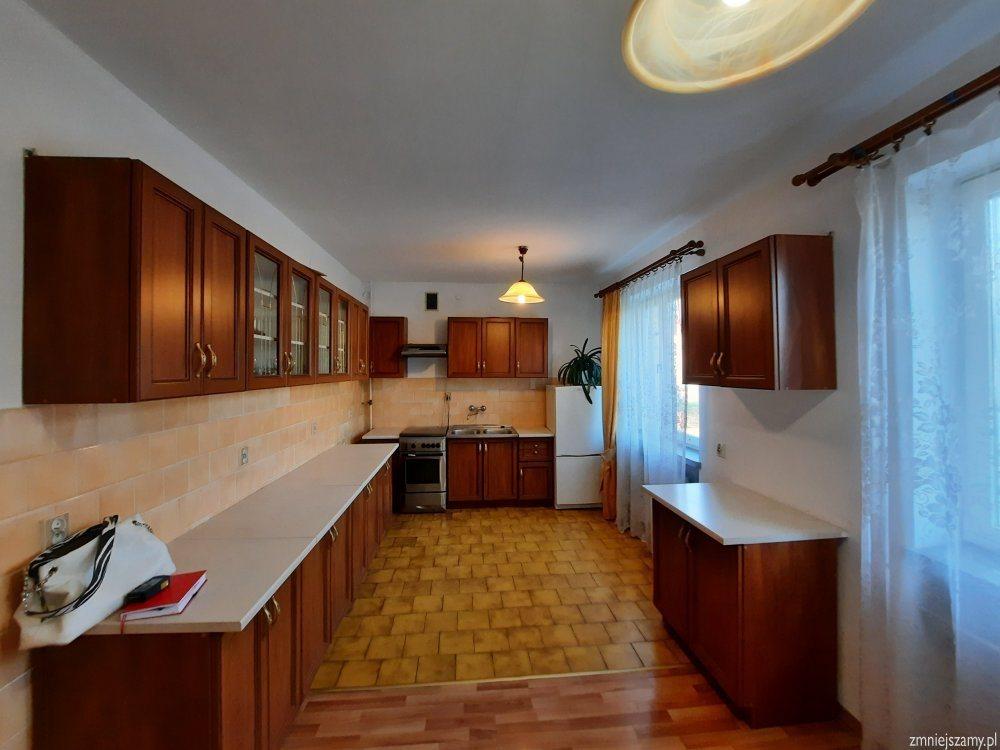 Dom na sprzedaż Stalowa Wola, Hutnik  111m2 Foto 1