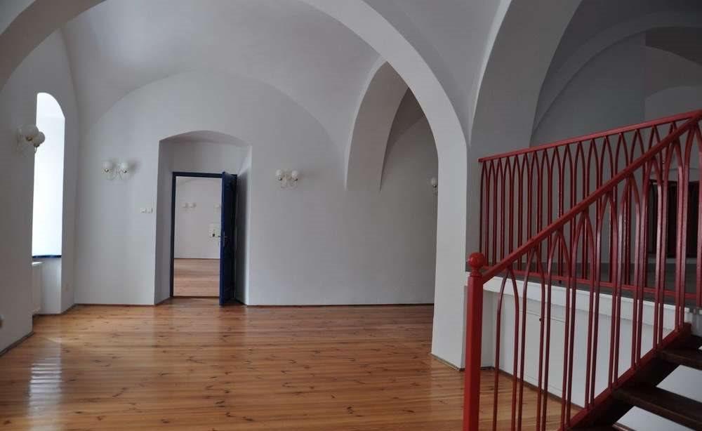 Dom na wynajem Wrocław, Fabryczna, 10 km od Leśnicy  800m2 Foto 3