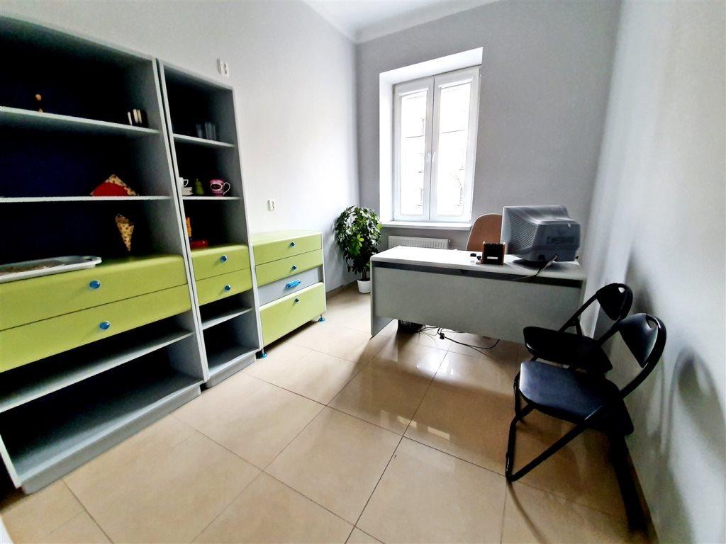 Lokal użytkowy na wynajem Kielce, Centrum  38m2 Foto 2