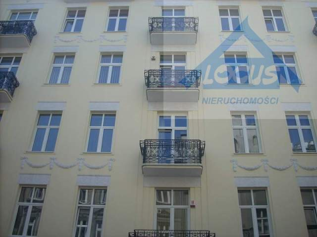 Lokal użytkowy na wynajem Warszawa, Śródmieście  103m2 Foto 1
