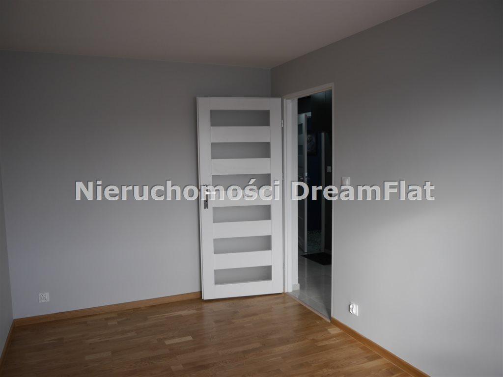 Mieszkanie trzypokojowe na sprzedaż Ostrowiec Świętokrzyski  47m2 Foto 4
