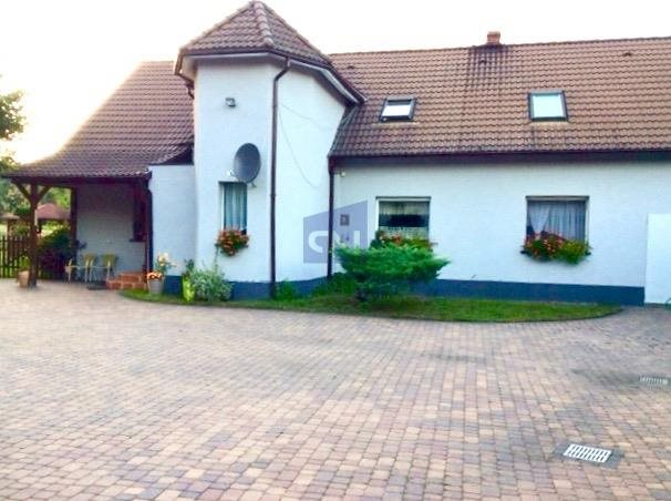 Dom na sprzedaż Dąbrówka Dolna  200m2 Foto 1