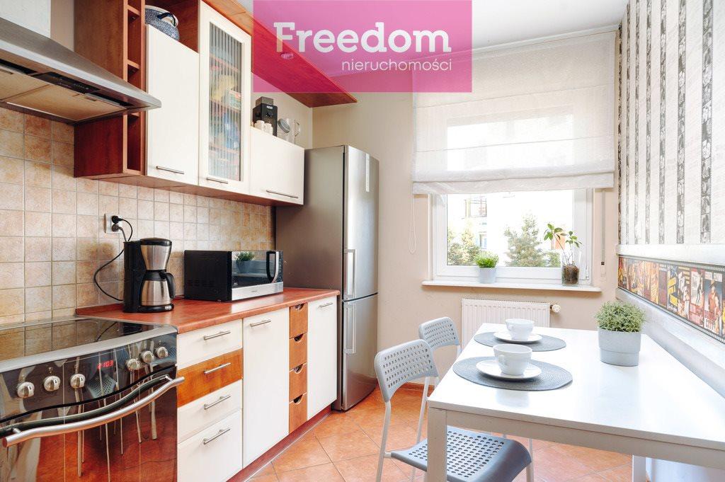 Mieszkanie trzypokojowe na sprzedaż Toruń, Koniuchy, Janiny Bartkiewiczówny  75m2 Foto 4