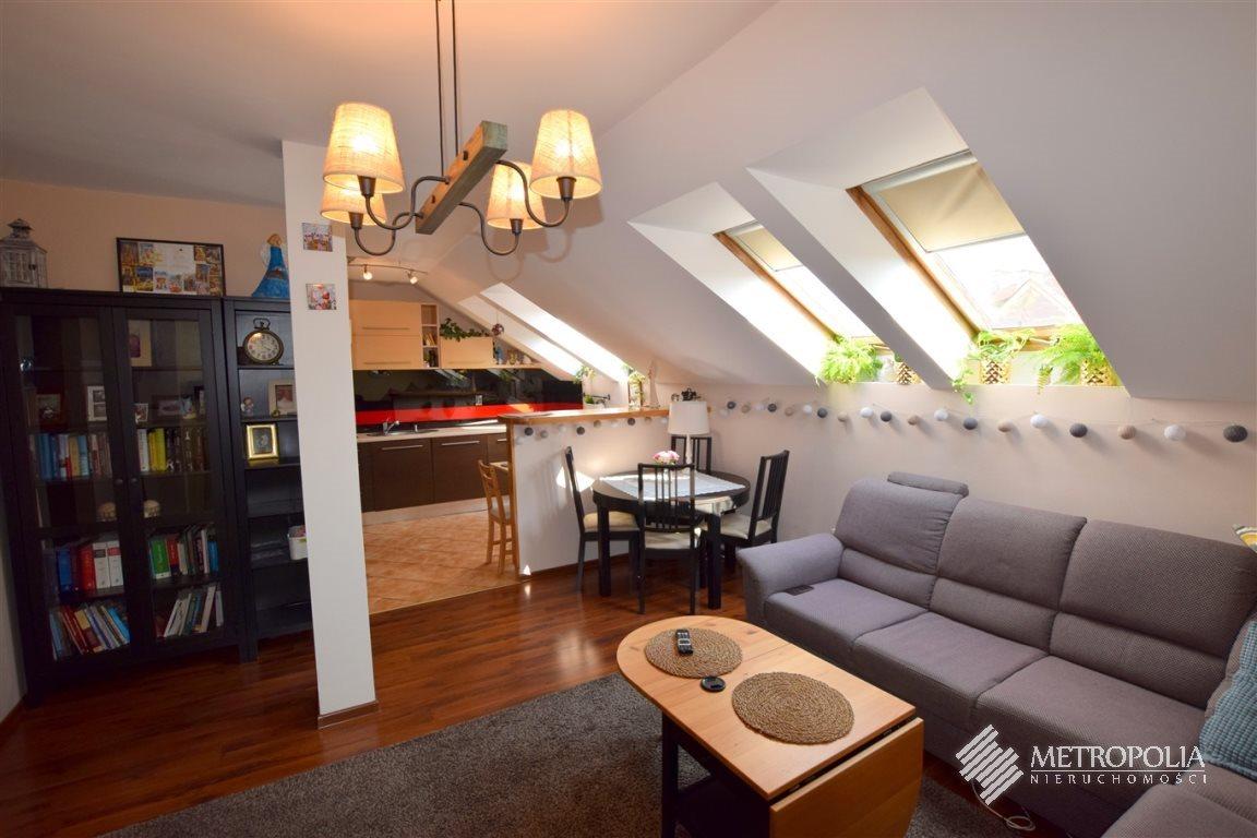 Mieszkanie trzypokojowe na sprzedaż Kraków  57m2 Foto 1
