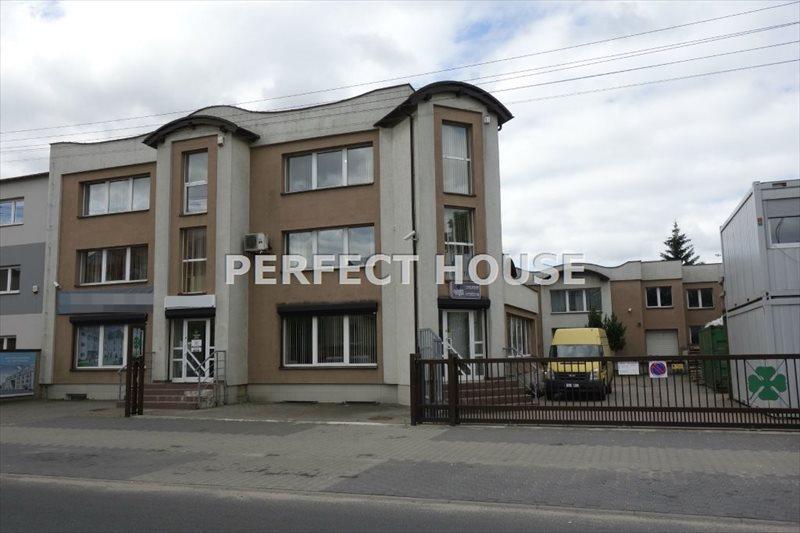 Lokal użytkowy na sprzedaż Poznań, Górczyn  1700m2 Foto 1