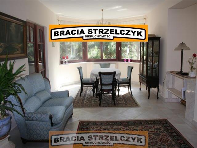 Dom na sprzedaż Łomianki  545m2 Foto 1