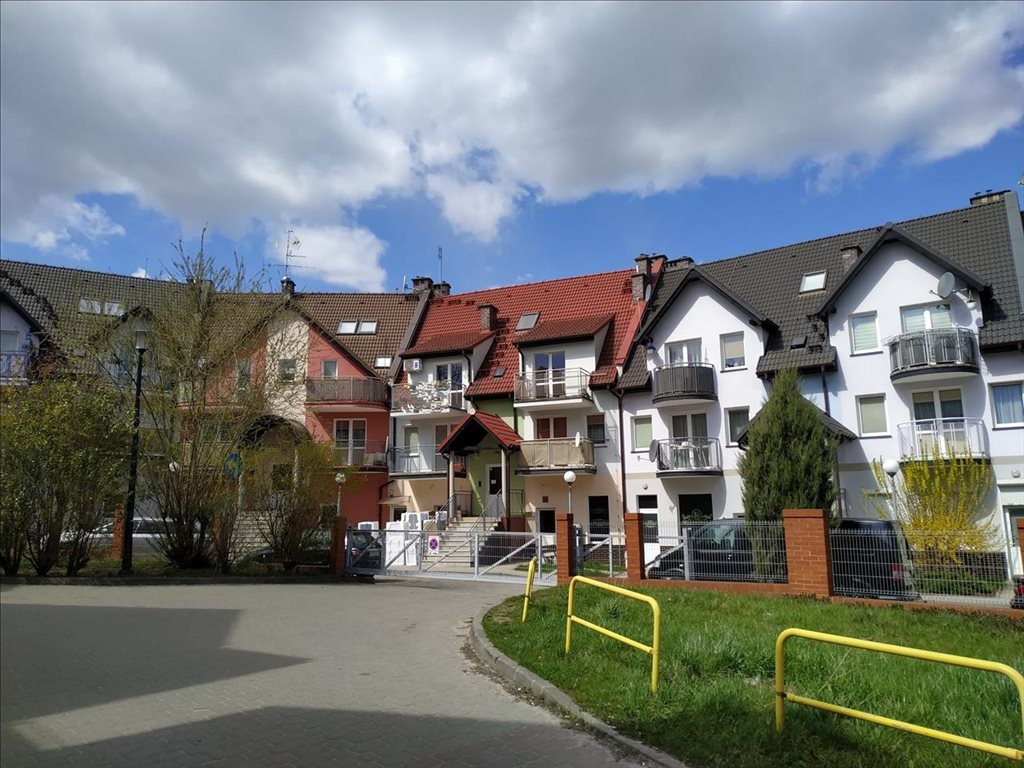 Mieszkanie czteropokojowe  na sprzedaż Trzebnica, Trzebnica  75m2 Foto 10